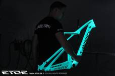 specialized epic etoe glow in the dark